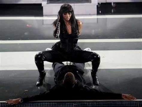 Ciara featuring Chris Brown - Turntables - YouTube